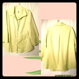 Chico's NO-IRON Sz:2 neon light green blouse
